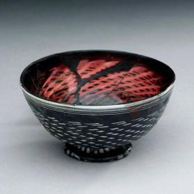 Bowl with ring foot