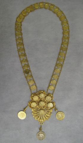 Woman's fiesta necklace