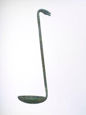Ladle with hind-head terminal
