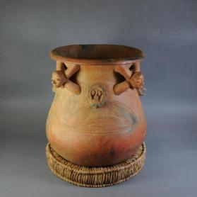 Palm wine pot