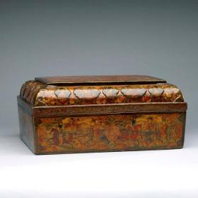 Box with Europeanizing paintings of ruler Fath Ali Shah