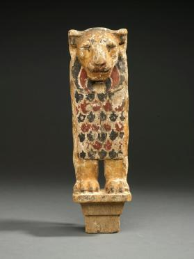 Furniture leg, lion head and foot