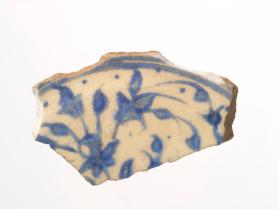 Safavid blue and white bowl fragment (base sherd)