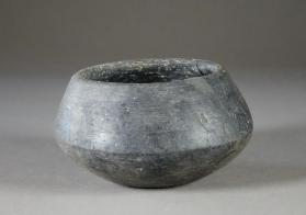 Carinated cup