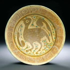 Bowl with bird, imitating lustre-painted ware