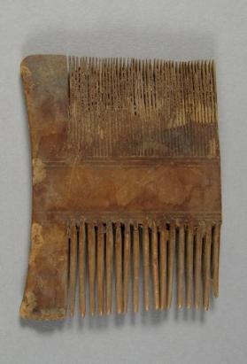Hair comb fragment