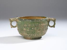 Skyphos cup with bird and leaf motif