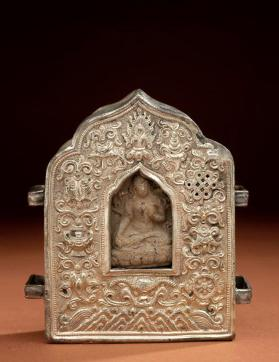 Portable Shrine (gau) with Votive Tablet (tsa-tsa)