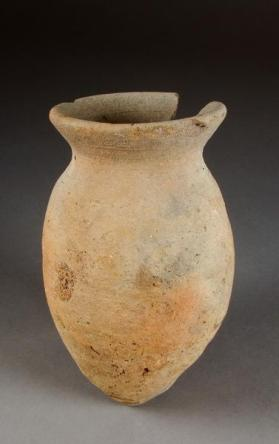 Ovoid jar with everting rim