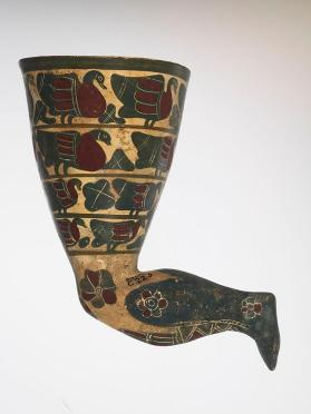 Etrusco-Corinthian black-figure rhyton shaped as a leg and decorated with birds