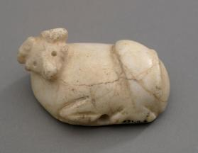 Stamp seal in the form of a recumbent bull
