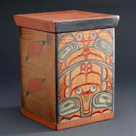 Bentwood box with lid