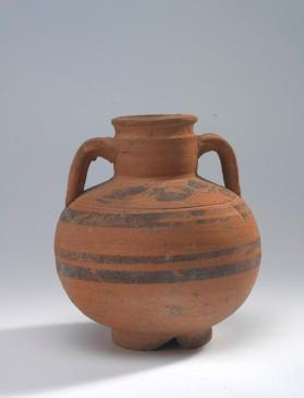 Amphora decorated with vine motif