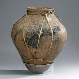 """Tesquino"" or corn beer fermenting pot"