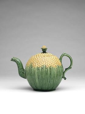 Teapot and cover in the form of a pineapple