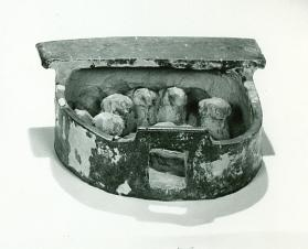 Burial model of a sheepfold