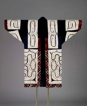 Robe with appliquéd traditional design