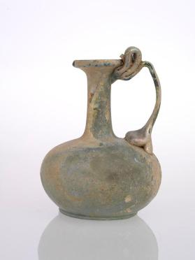 Flagon with strap handle