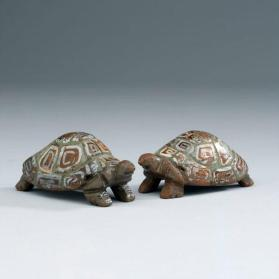 Noah's ark figures: pair of tortoises