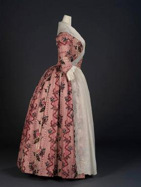 Overdress of a robe à l'anglaise