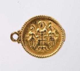 Pendant with crucifixion scene