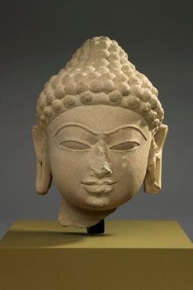Figure of a Jina fragment (head)