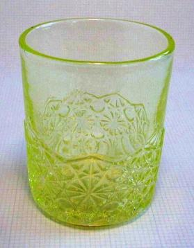 "Tumbler, ""Pointed Panel Daisy and Button"" pattern"