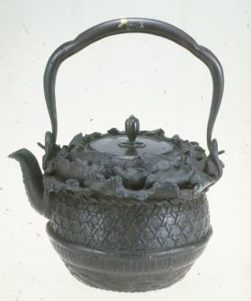 Tetsubin (cast-iron kettle)