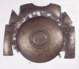 Plate armour for front