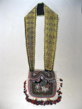 Shoulder pouch worn by Chief John Tecumseh Henry