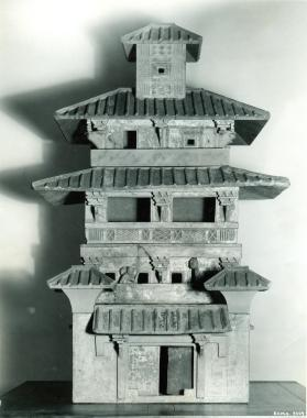 Burial model of a four-storied granary