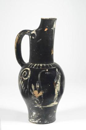 Etruscan pseudo-red-figure beaked oinochoe with a draped figure