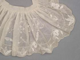 Pair of engageantes (sleeve ruffles)