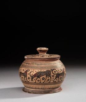 Corinthian black-figure lidded-pyxis showing an animal frieze