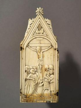 Triptych panel, Crucifixion