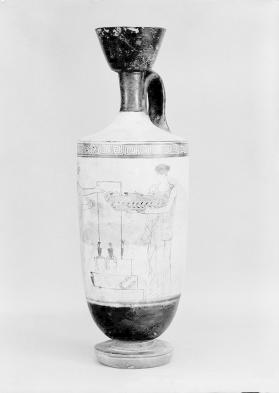 Attic white-ground lekythos with women bringing offerings to a grave