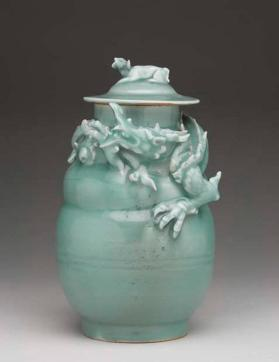 Longquan ware funerary jar and cover