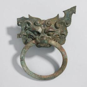 Ring with mask