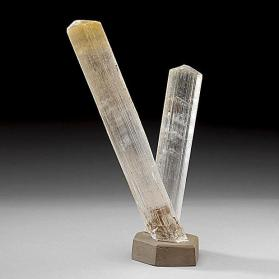 gypsum variety selenite