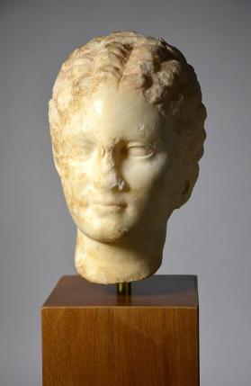 Head of a girl from a fragmentary tomb monument