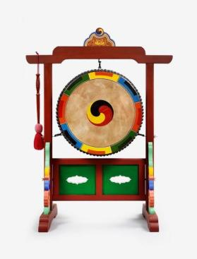 Barrel Drum with mallet and stand 응고 (應鼓)