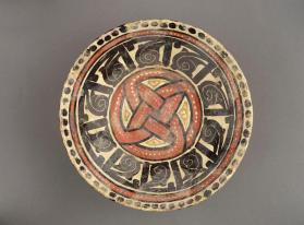 Bowl with polychrome decoration
