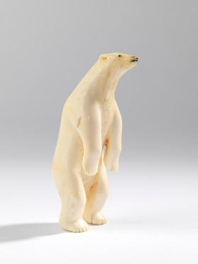 Sculpture of polar bear
