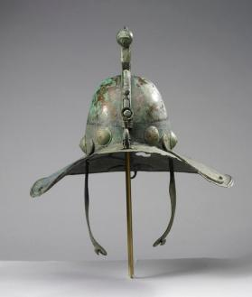 Gladiatorial helmet with cheek-pieces
