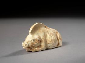Burial figure of a pig