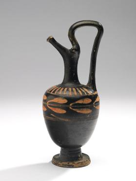 Xenon Group oinochoe with laurel wreath and ray motifs