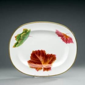"Platter in ""Maple"" pattern"