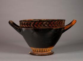 Large skyphos cup with band of laurel leaves around the rim