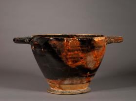 Large kotyle skyphos of Corinthian shape decorated with black glaze