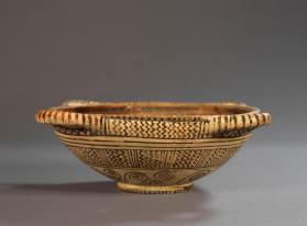 Boeotian four-handled bowl with patterned outside and banded interior